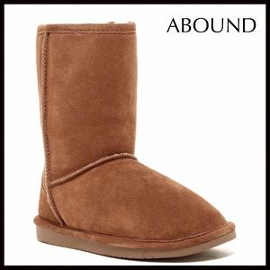 TAN ANKLE BOOTIES SUEDE SHEARLING LINED BOOTS A2C